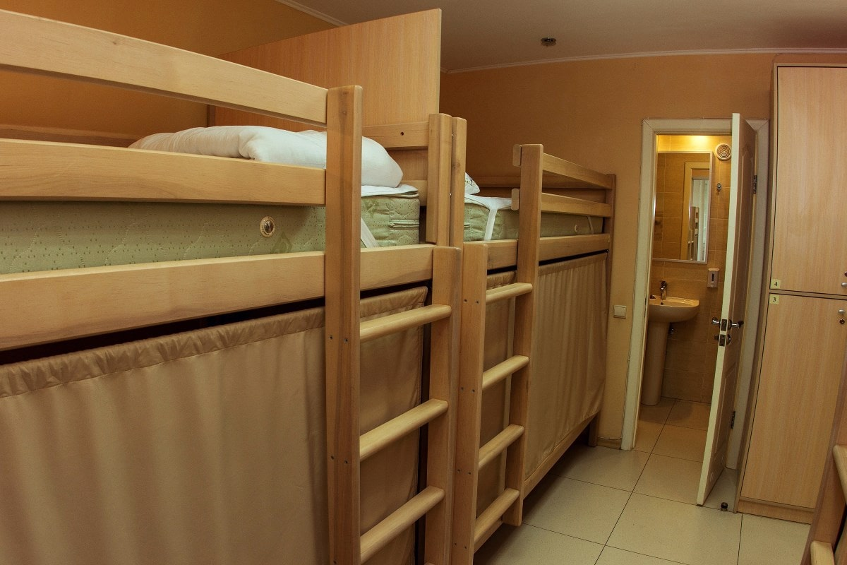 6 - bedded room with private bath